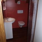 15 : salle d'eau de l'étage