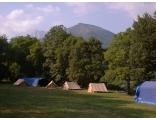 Une aire de camping